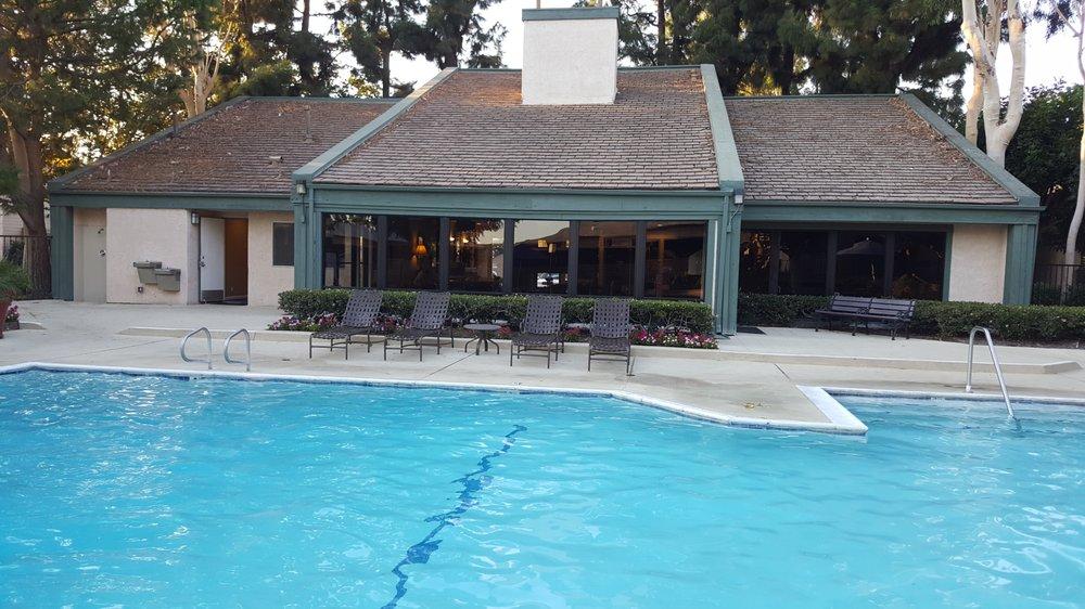 Villa Buena Apartments  La Palma Ave