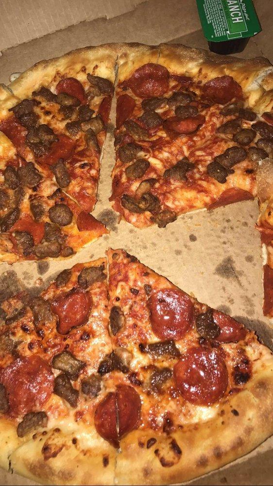 Pizza Hut: 7960 N Mesa St, El Paso, TX