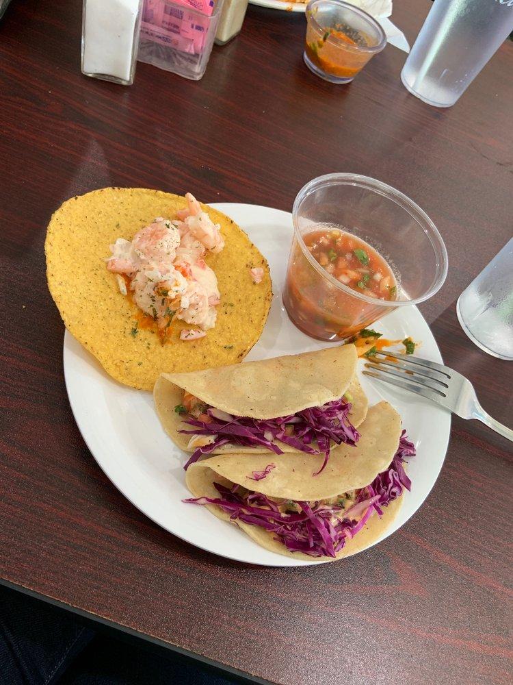 Mexico Tipico Restaurant: 1302 Las Vacas St, Del Rio, TX