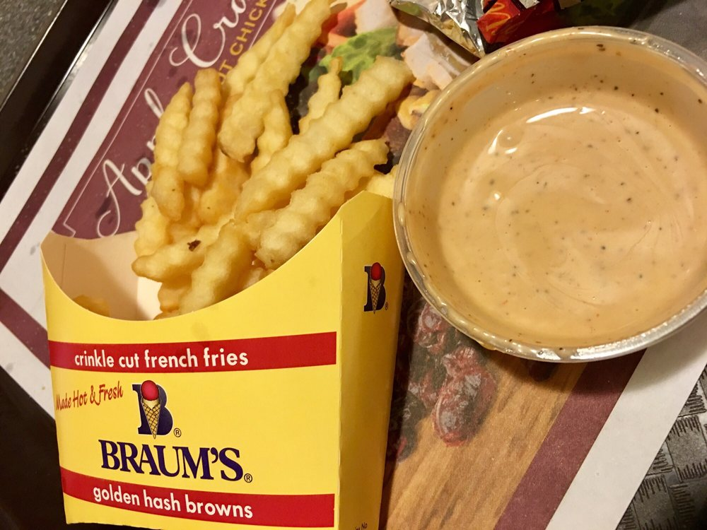 Braum's Ice Cream & Dairy Store: 501 W Main St, Independence, KS