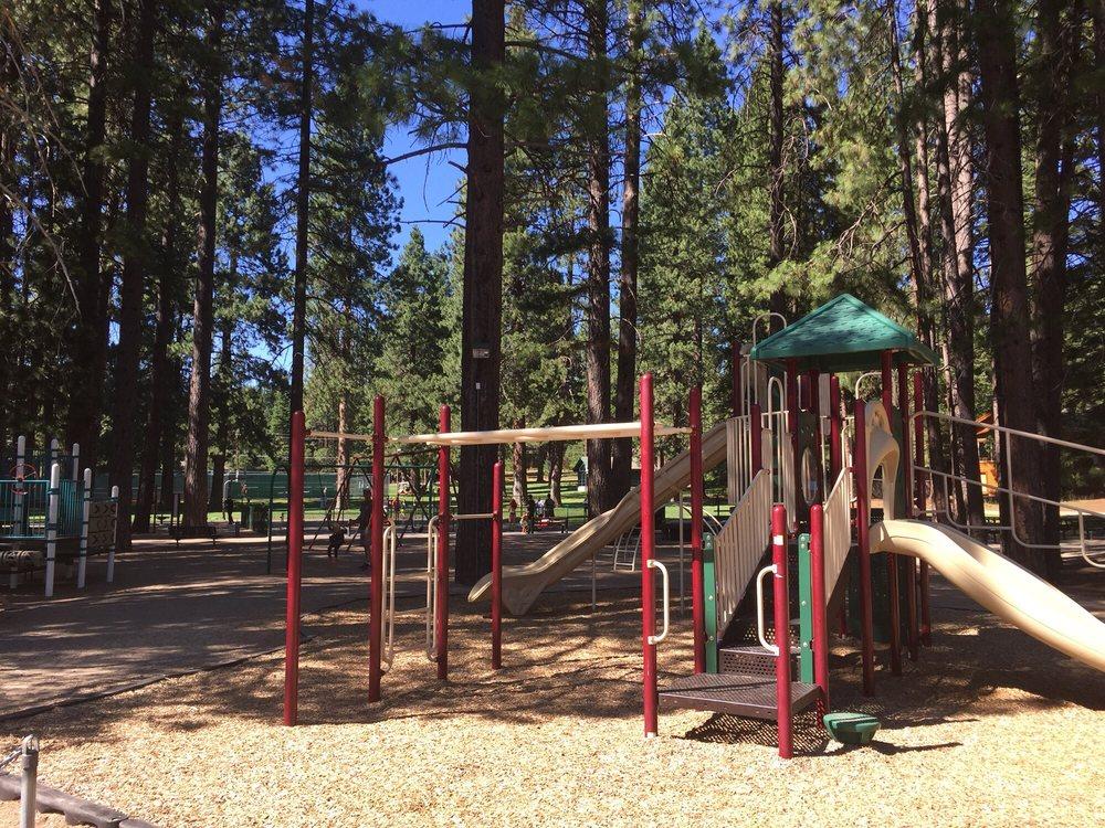 Lake Almanor Country Club Recreation Area 1: 501 Peninsula Drive, Lake Almanor, CA