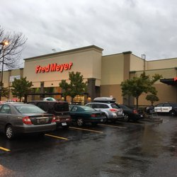 fred meyer 25 photos 91 reviews department stores 7404 n rh yelp com