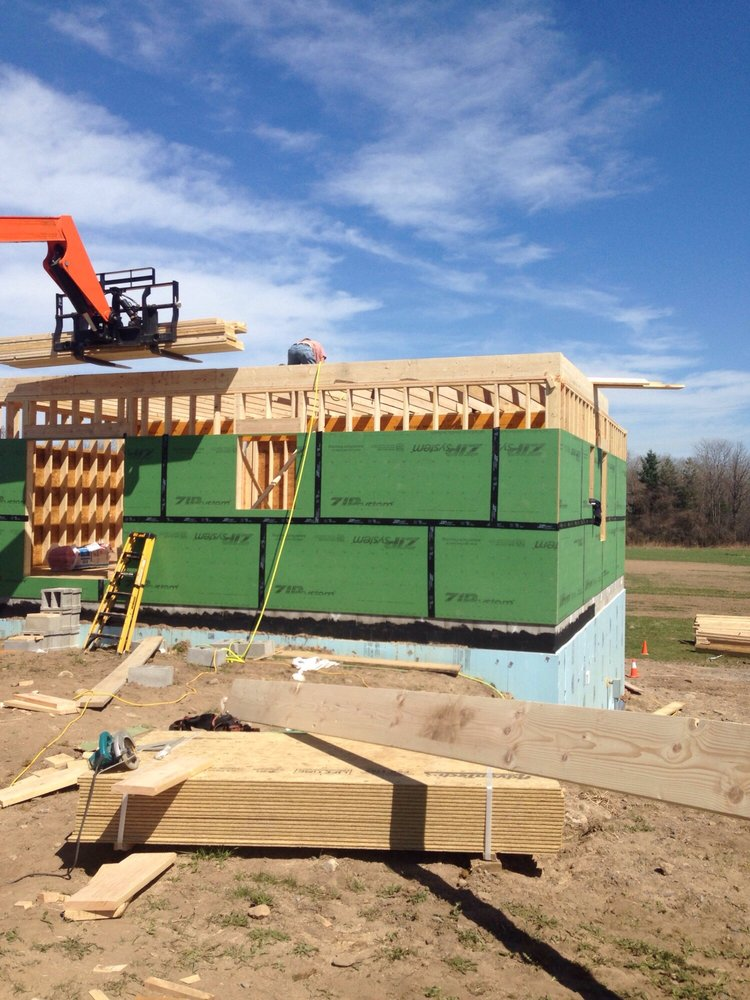 WEAVER BUILDERS CRANE SERVICE: 632 Old Preemption Rd, Lyons, NY