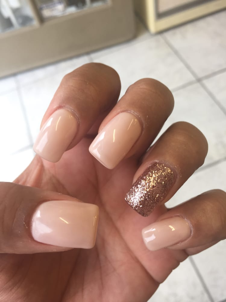 lynn s nails 12 reviews nail salons 415 w valley blvd colton ca phone number. Black Bedroom Furniture Sets. Home Design Ideas