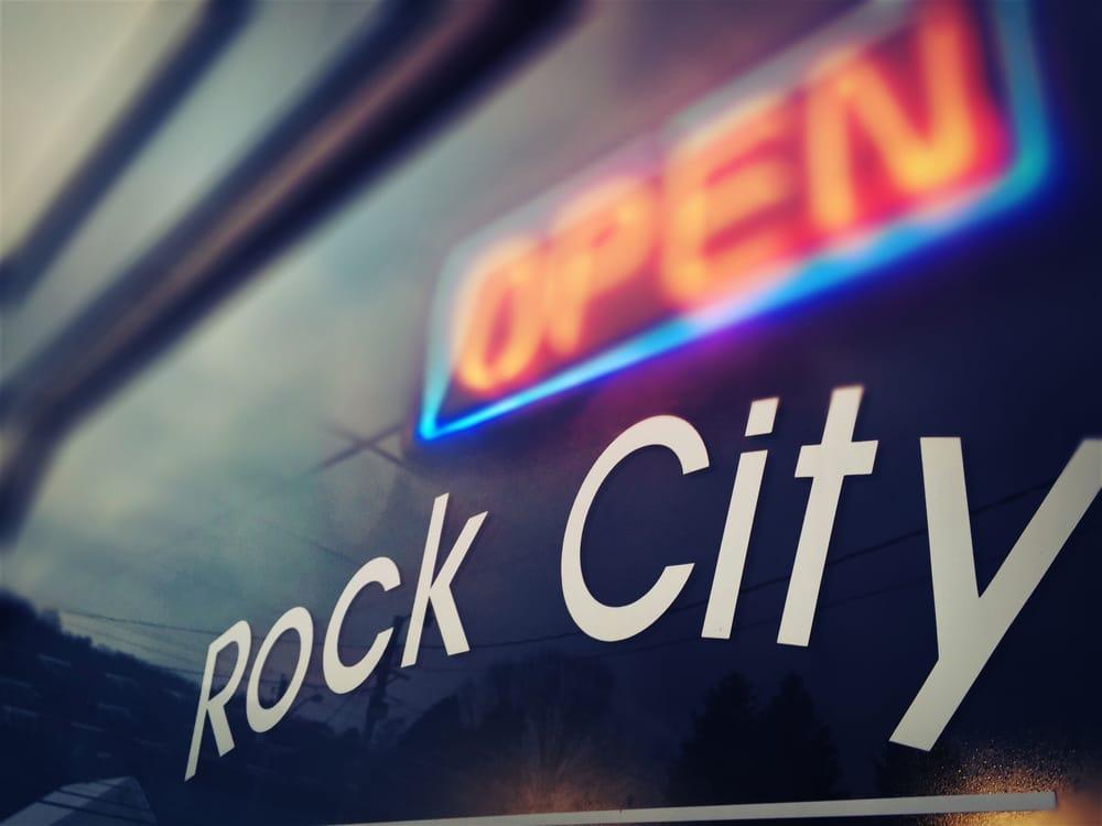 Rock City Chrysler Dodge Jeep Ram: 520 Rock City St, Little Valley, NY