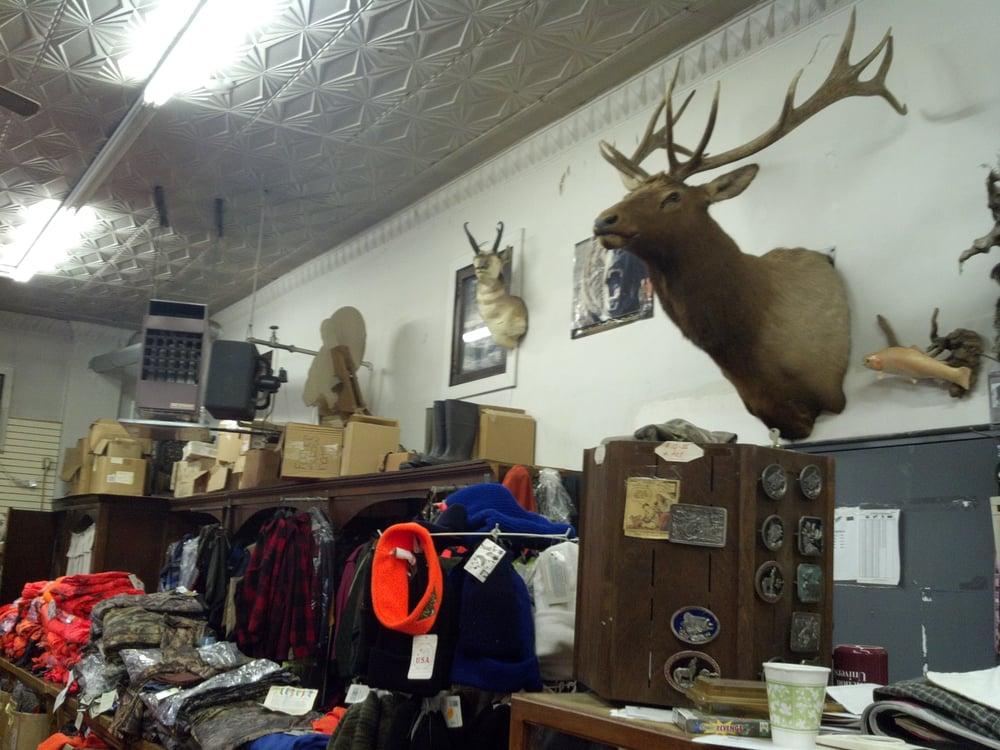 Saloom Dept Store: 508 W Main St, Mount Pleasant, PA