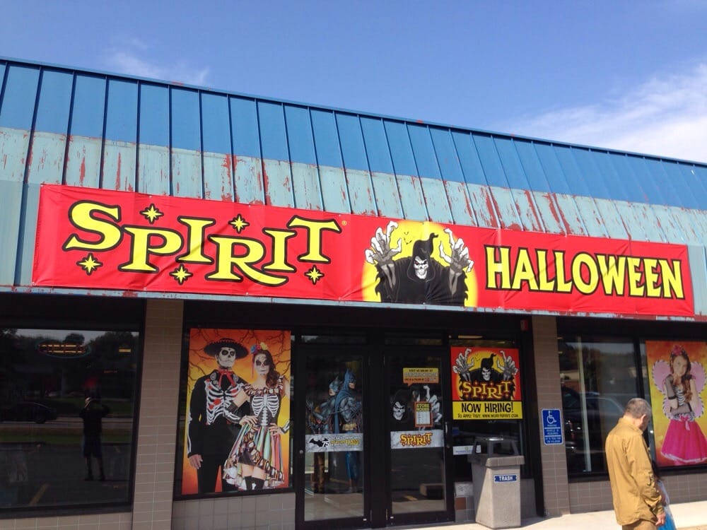 This Halloween store has great costume selections and is spacious so the costumes are easier to go thru than some other stores. They have all sizes of costumes, too, from infant to adult. Need wigs, makeup, masks, or any other accessory? This Spirit Halloween will have a decent selection.3/5(9).