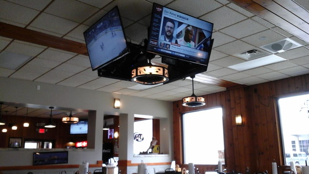 The Breakaway Bar and Grill: 715 Craigdell Rd, New Kensington, PA