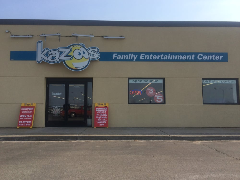 Kazoos Family Entertainment Center: 2500 E M 21 Corunna, Corunna, MI