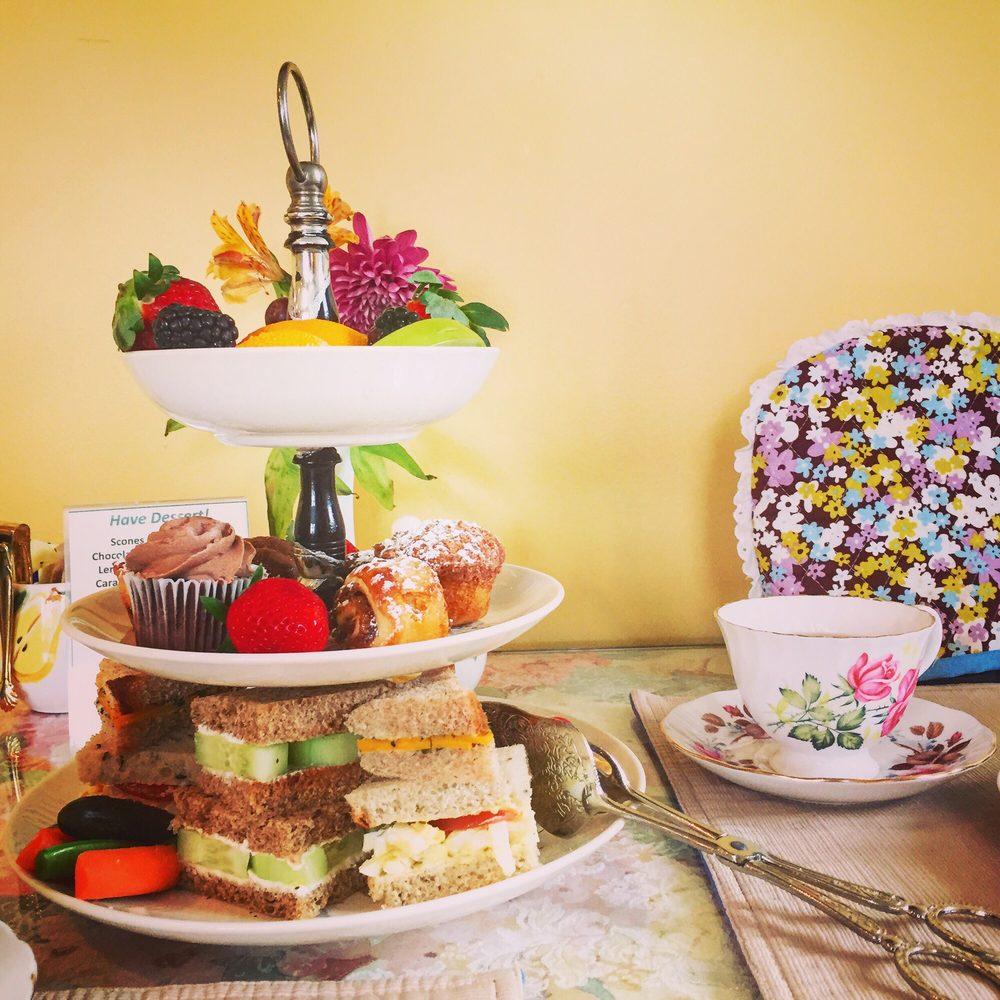 Crest Hill Antiques & Tea Room: 6488 Main St, The Plains, VA