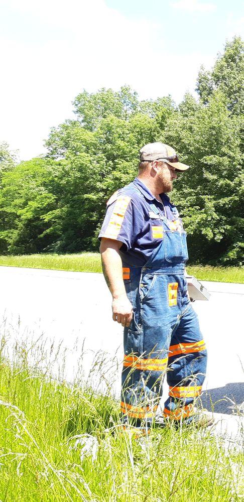Britton's Wrecker Service: 6685 US Highway 45 N, Vienna, IL
