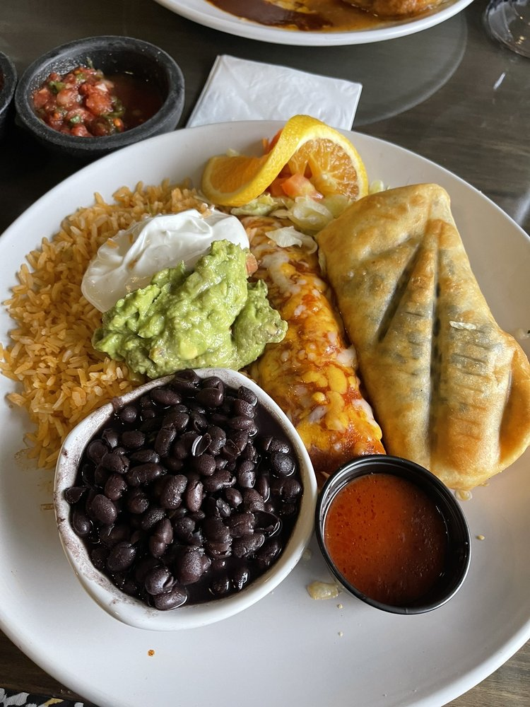 Fresa Mexican Kitchen & Tequila Bar: 620 SE Everett Mall Way, Everett, WA
