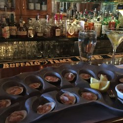 Photo Of Tweeds Restaurant Buffalo Bar Riverhead Ny United States Clams