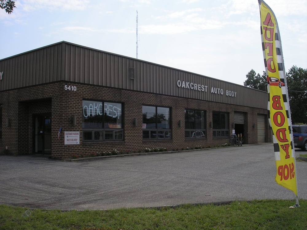 Oakcrest Auto-Body: 5410 Marlboro Pike, District Heights, MD