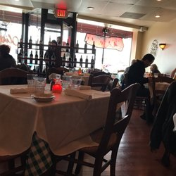 Photo Of Trattoria Oliverii Northbrook Il United States Intimate Cozy Ambiance