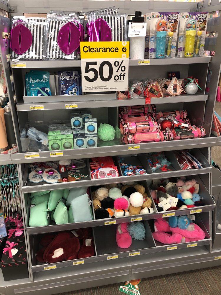 Target: 3601 N Barr St, Muncie, IN
