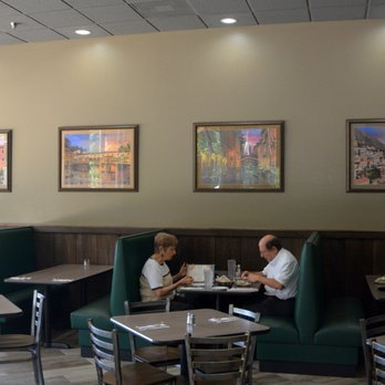 Photo Of Maola S Pizza And Restaurant Cornelius Nc United States Dining Area
