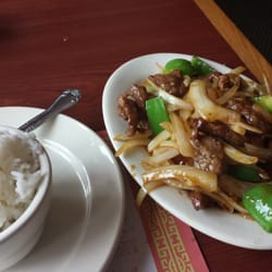 Photo of Lucky Dragon - Havertown, PA, United States. Peppered steak with white