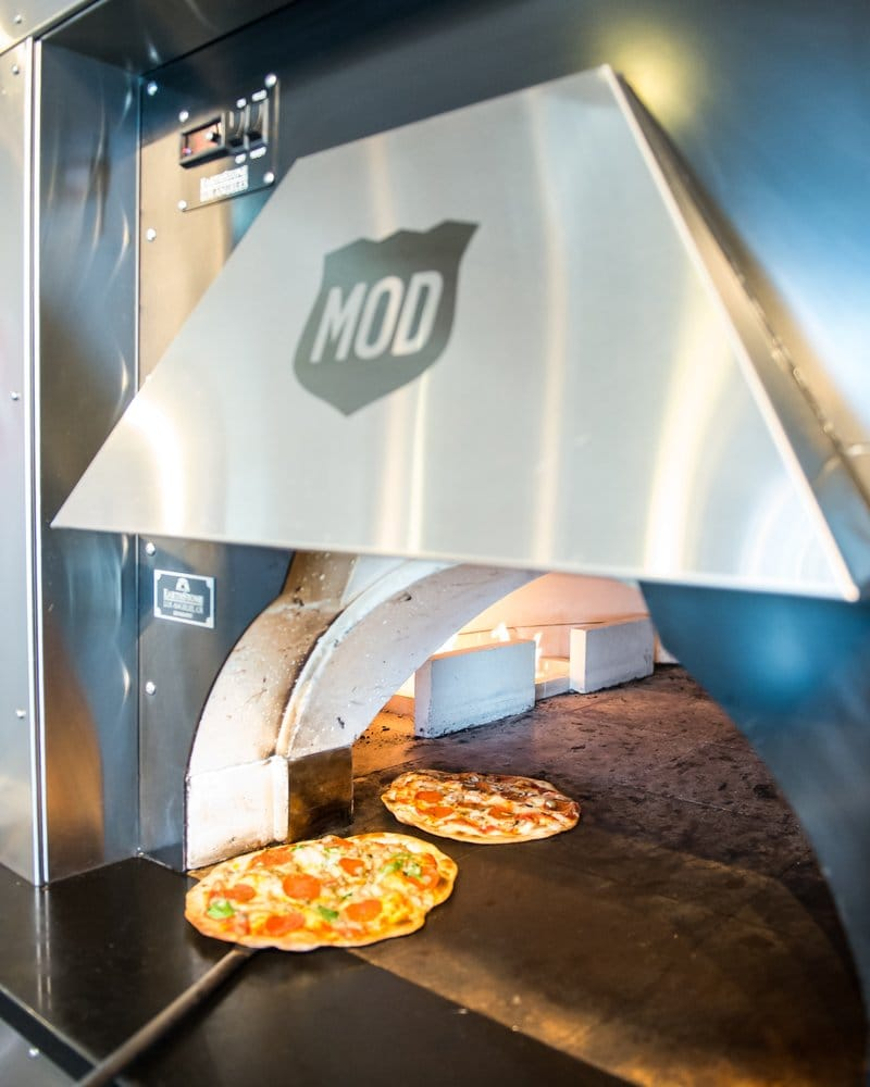 MOD Pizza - 96 Photos & 109 Reviews - Pizza - 204 SW Yamhill St ...