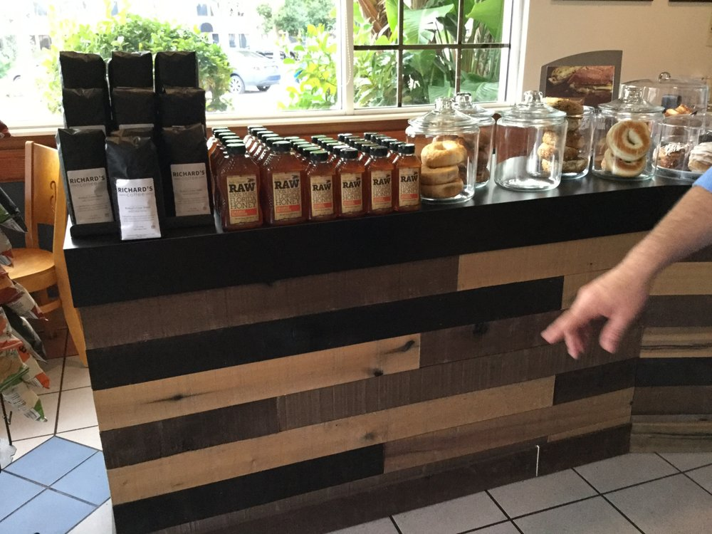 Richard's Fine Coffees: 330 Ave A NW, Winter Haven, FL