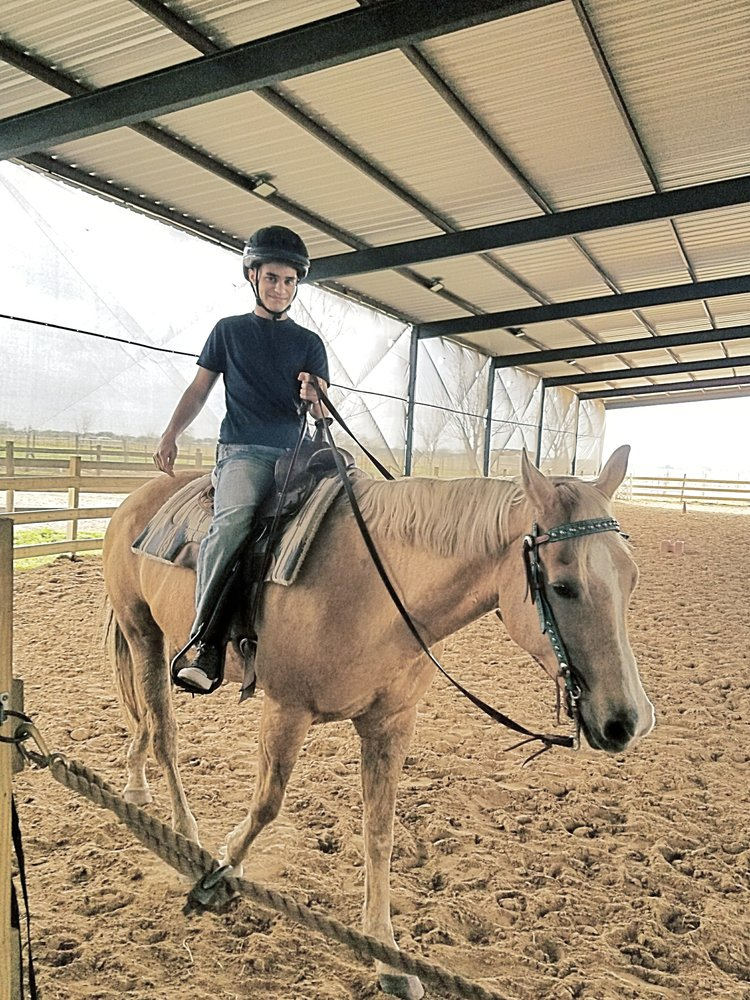Needville Horseback Riding: 9430 Oberrender Rd, Needville, TX