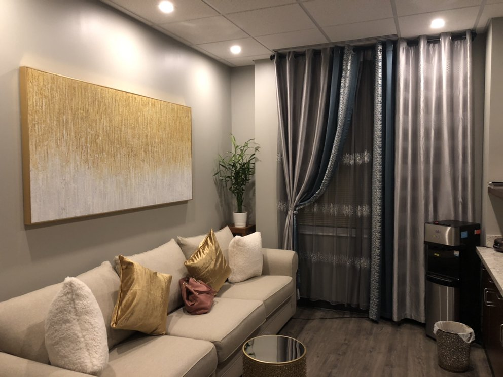 Meridian Massage Spa: 20755 Williamsport Pl, Ashburn, VA