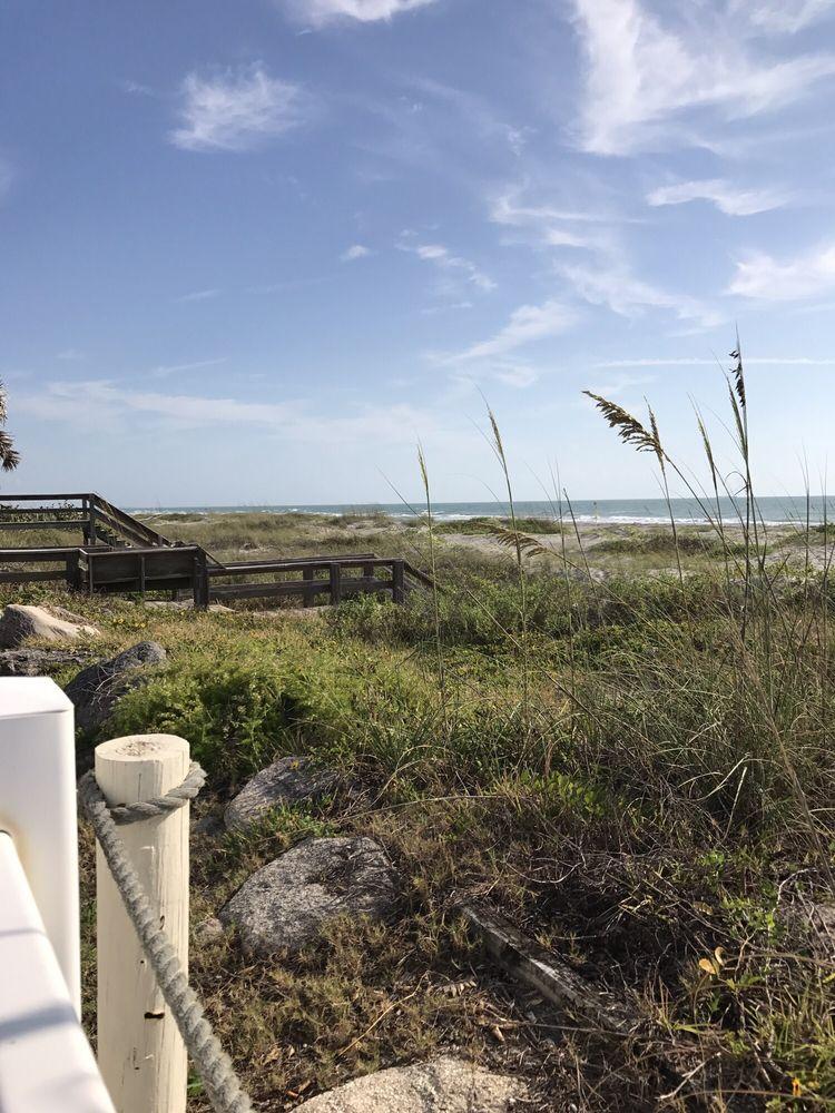 Beach Island Resort - Slideshow Image 1