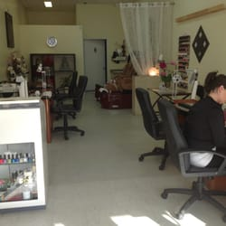 Ongles ivy nails nail salons 7374 rue sherbrooke ouest - Salon ongles montreal ...