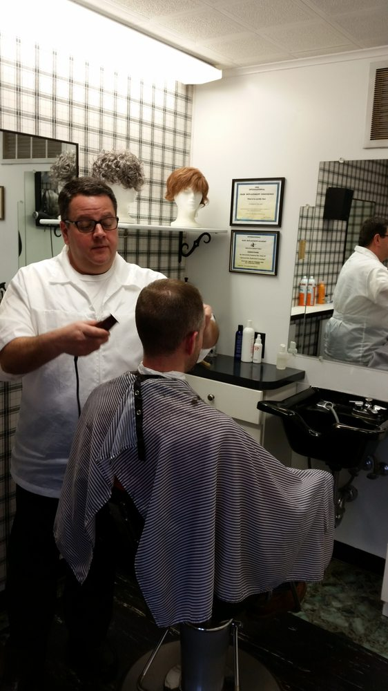 Len Giving A Haircut To A Long Time Client Yelp