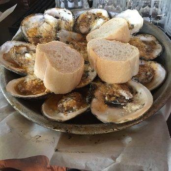 Samuel s blind pelican 388 photos 545 reviews bars for Elite food bar 325 east 48th street