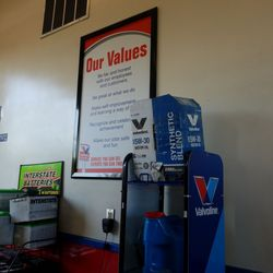 Valvoline Instant Oil Change Oil Change Stations 33700 23 Mile