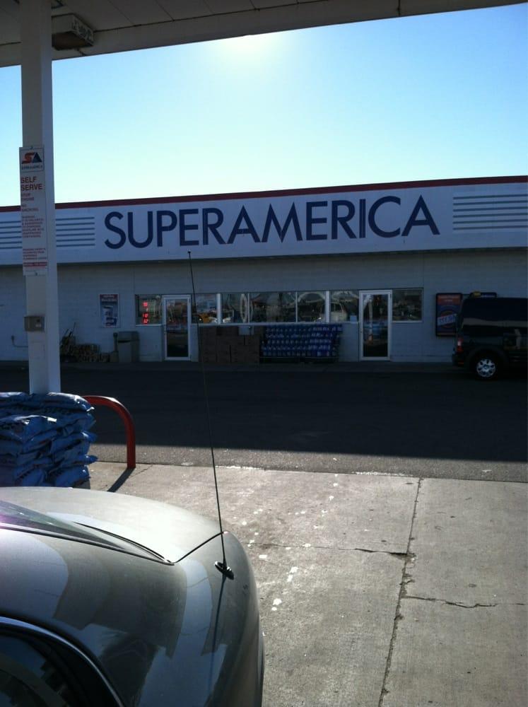 Super America: 2306 9th St E, Glencoe, MN