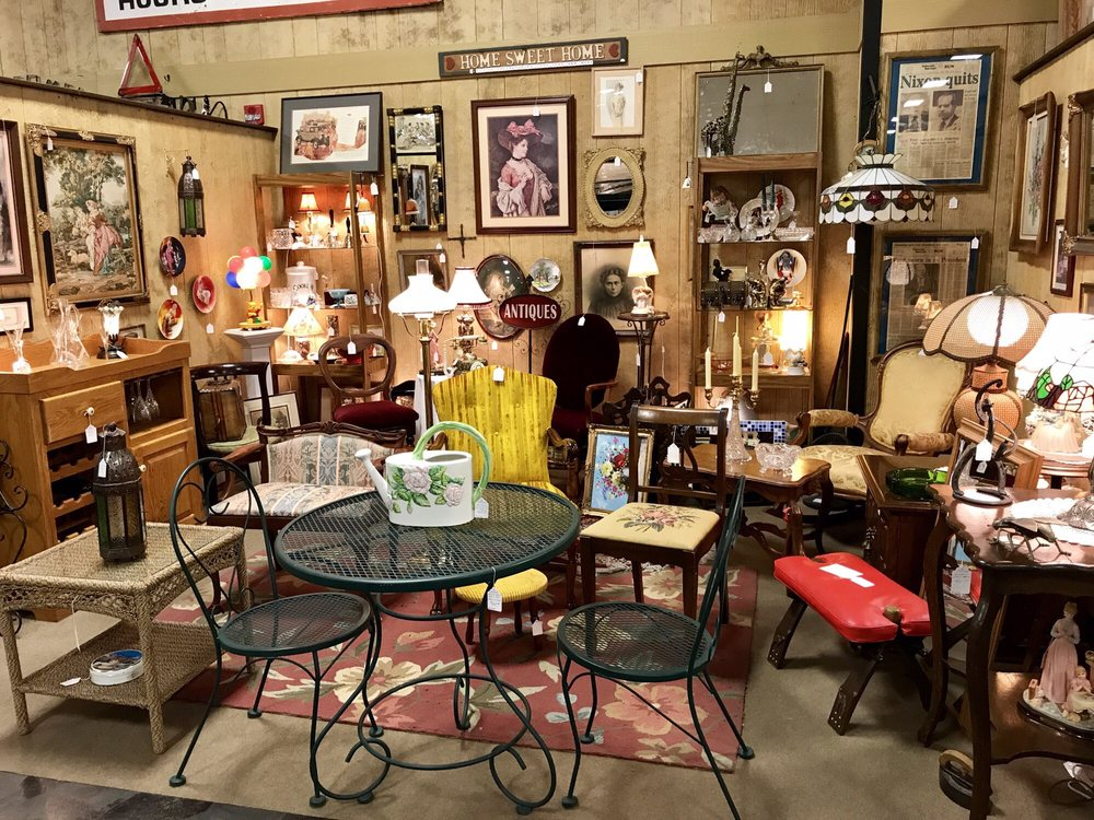Willowstone Antique Marketplace
