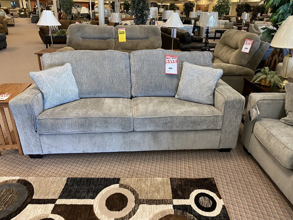 Everett's Furniture: 4500 Dakota Ave, South Sioux City, NE