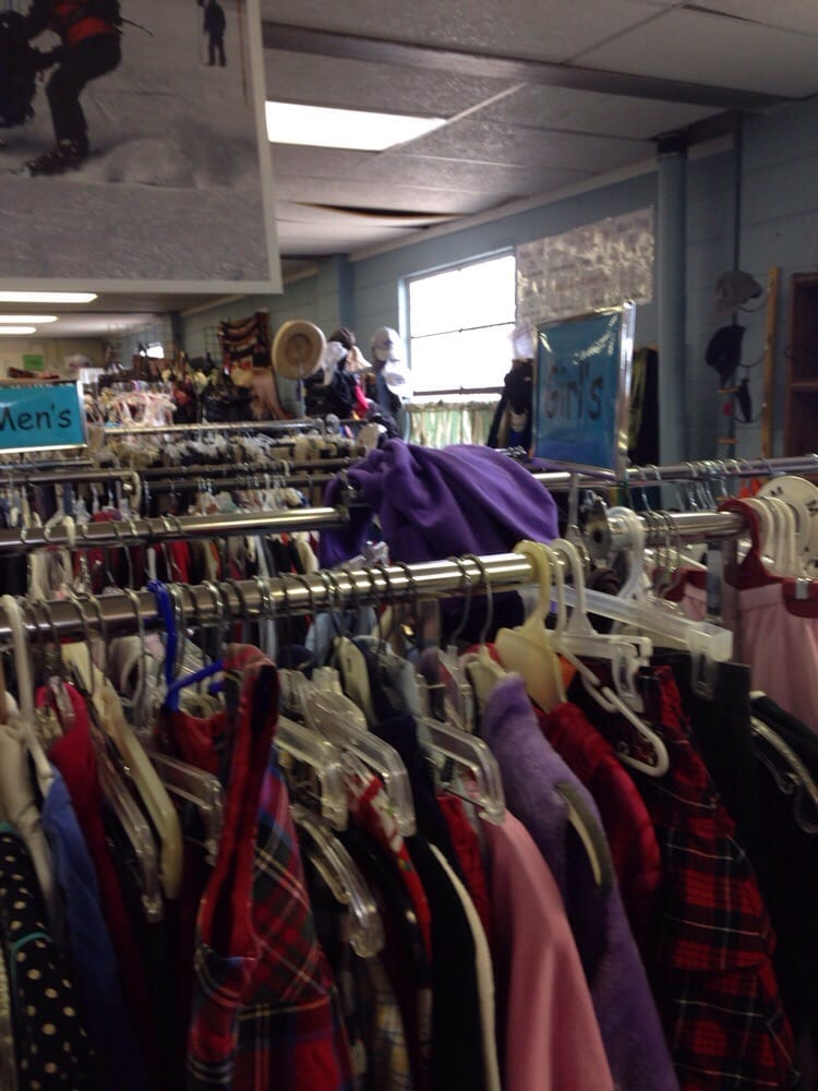 Challenge Mountain Resale Shop: 1100 Boyne Ave, Boyne City, MI