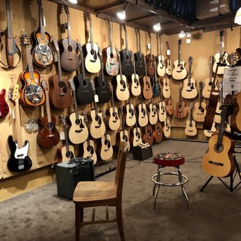 McCabe's Guitar Shop - 68 photos & 196 avis - Instruments et