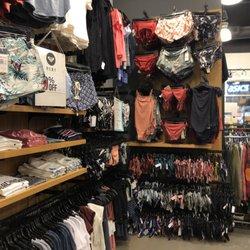 Quiksilver Outlet - 12 Photos - Men s Clothing - 3700 N Cabelas Blvd ... f3e57085fdf