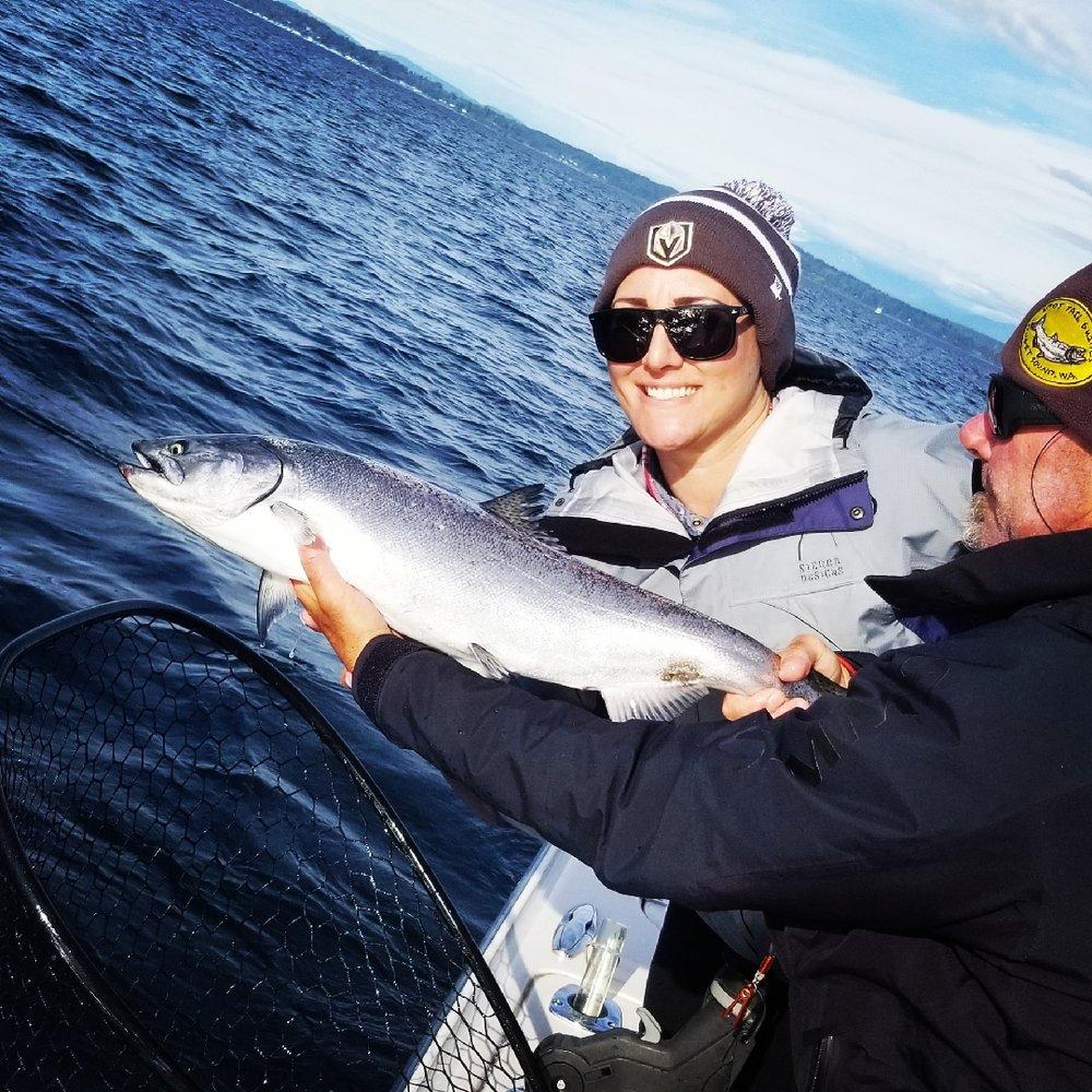 A Spot Tail Salmon Guide