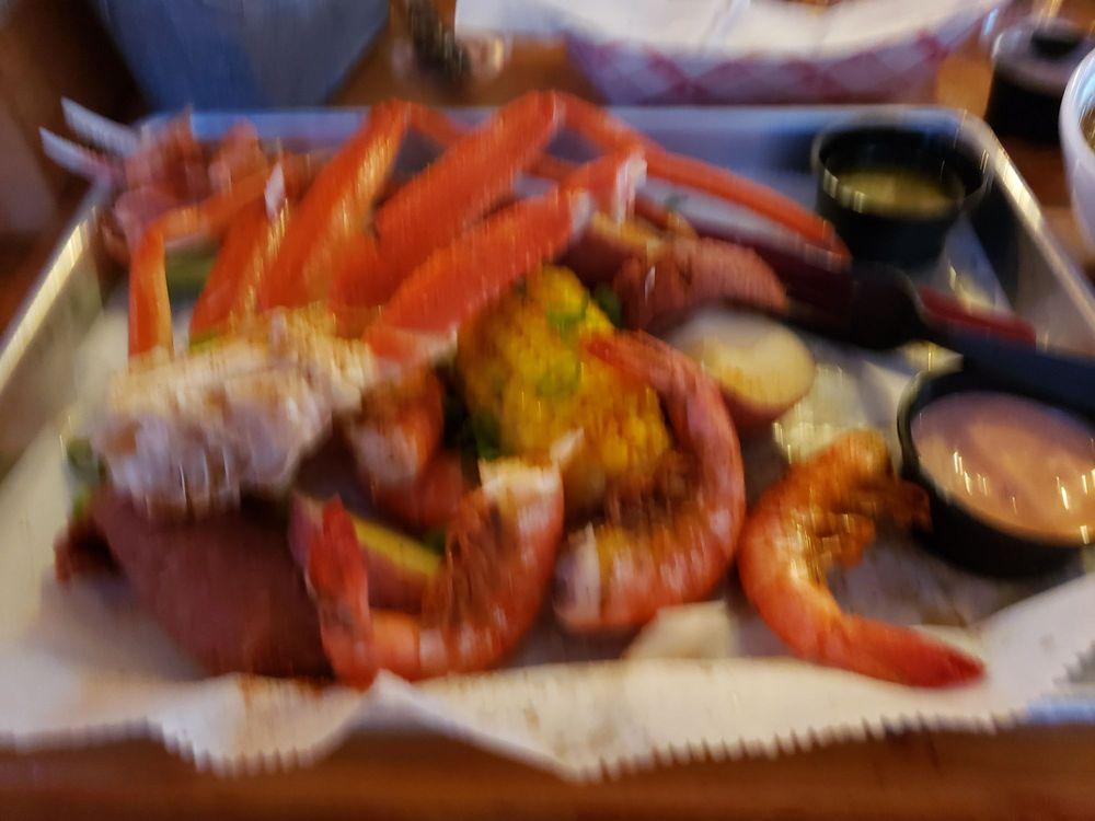 Linney Breaux's Cajun Eatery: 1716 S Muskogee Ave, Tahlequah, OK