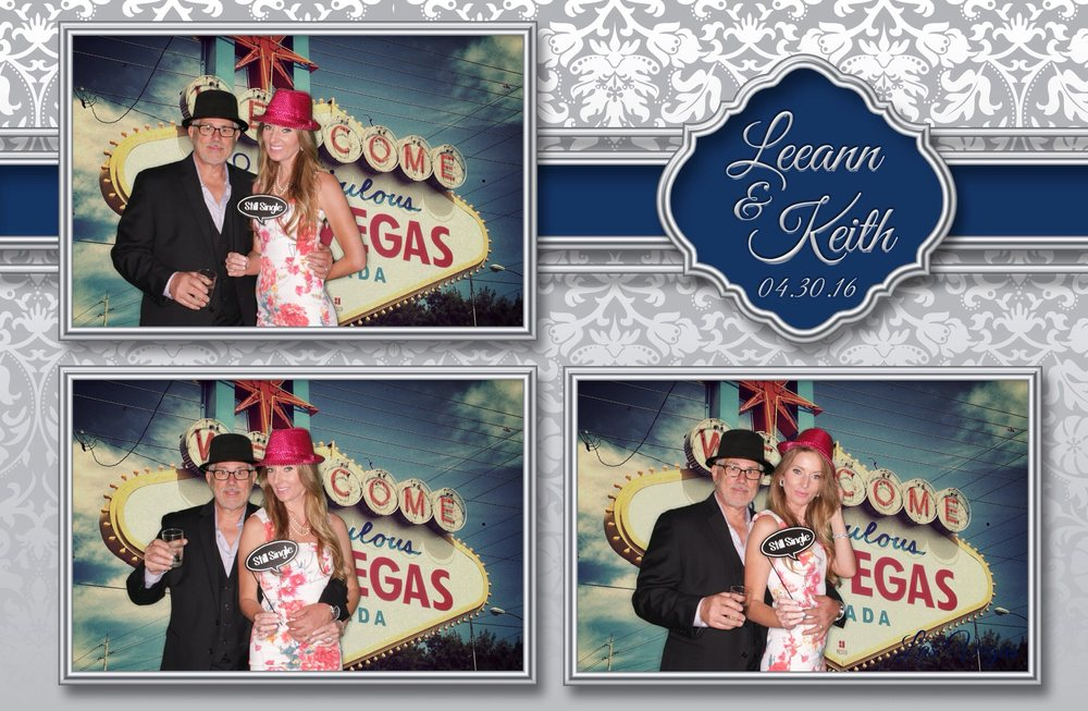 Yoomee Photo Booth Rental