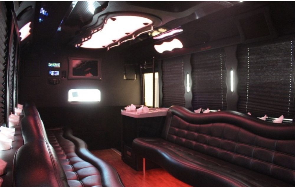 Party Bus R Us: Vienna, VA