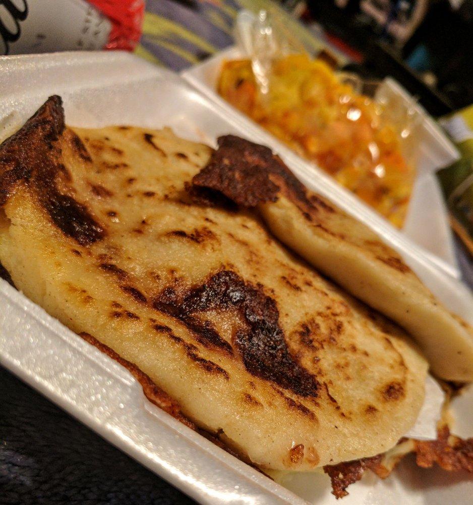 Don Carlos Village Salvadoran Grill Y Pupuseria: 10928 Garvey Ave, El Monte, CA