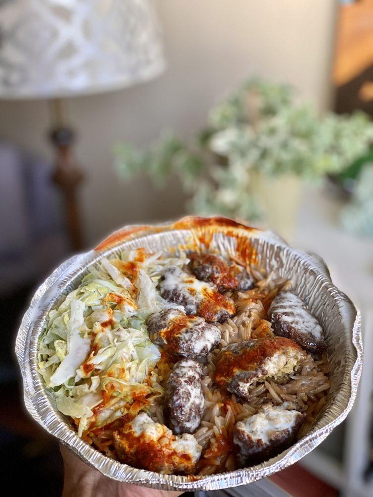 Food from Halal Pitt