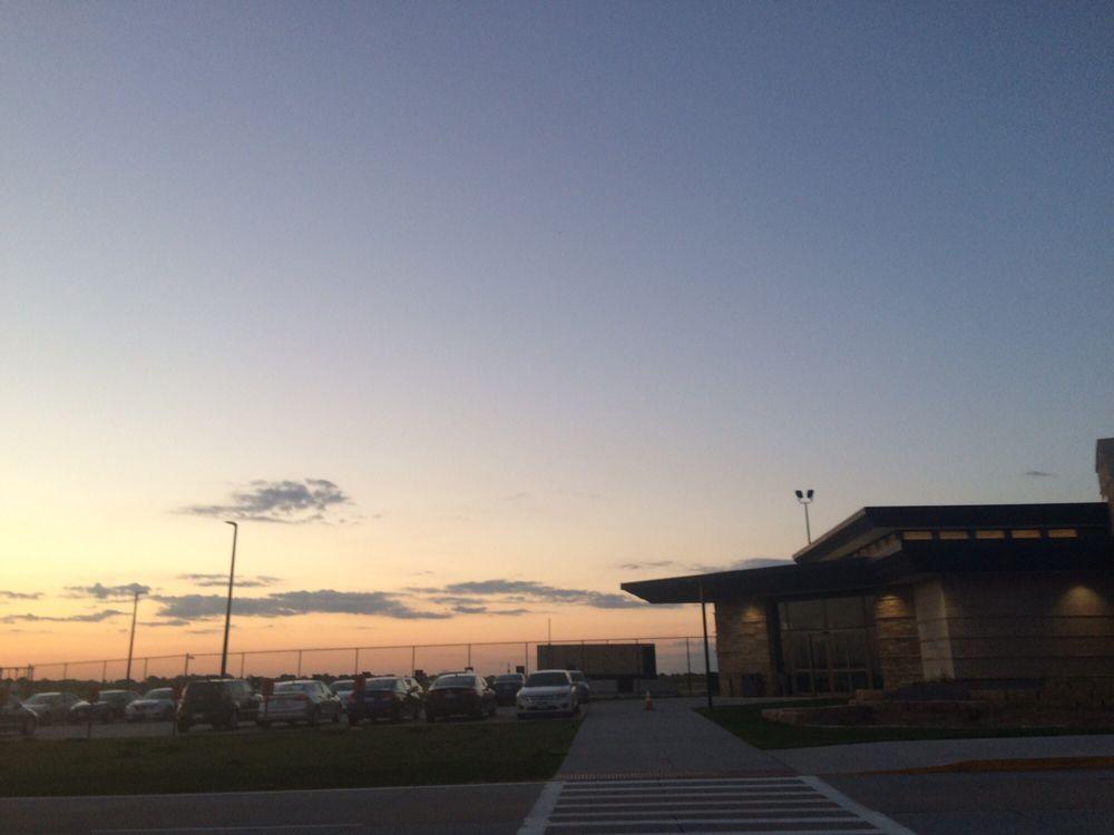 Dubuque Regional Airport: 10965 Aviation Dr, Dubuque, IA