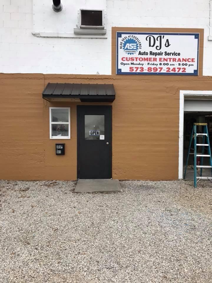 DJ's Repair Service: 927 E Main, Linn, MO