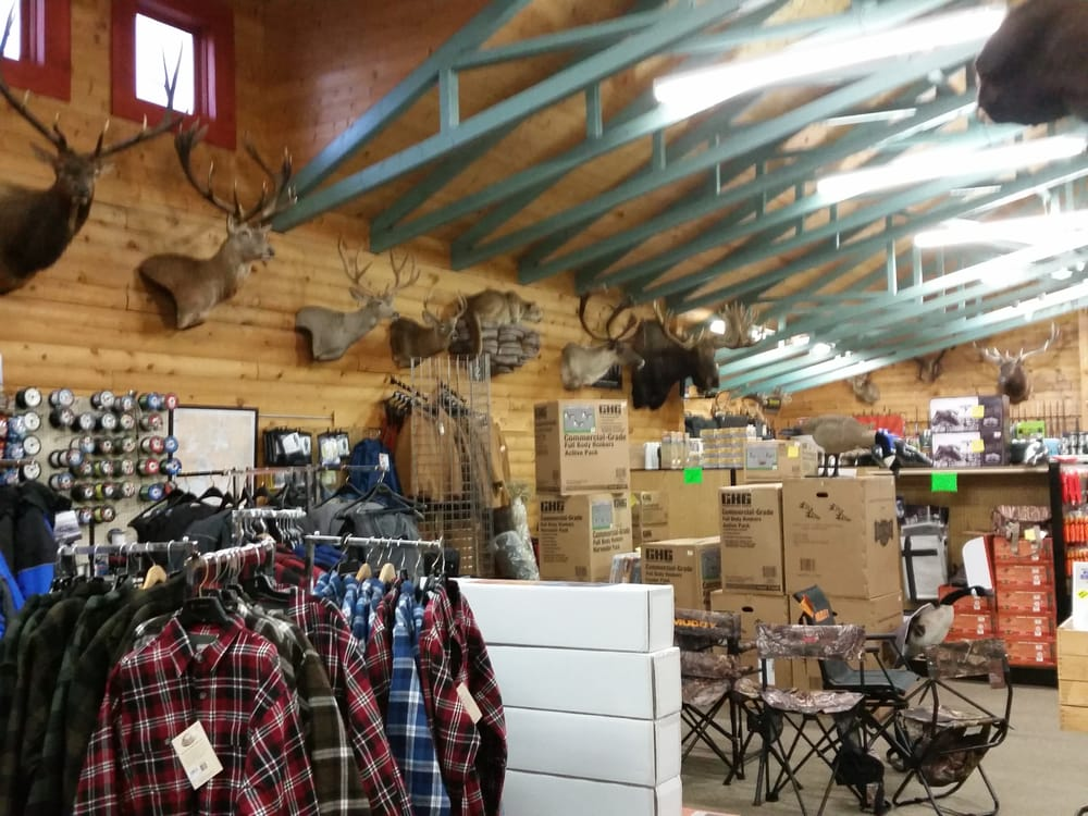 Streiff Sporting Goods: 34480 550th Ave, Warroad, MN