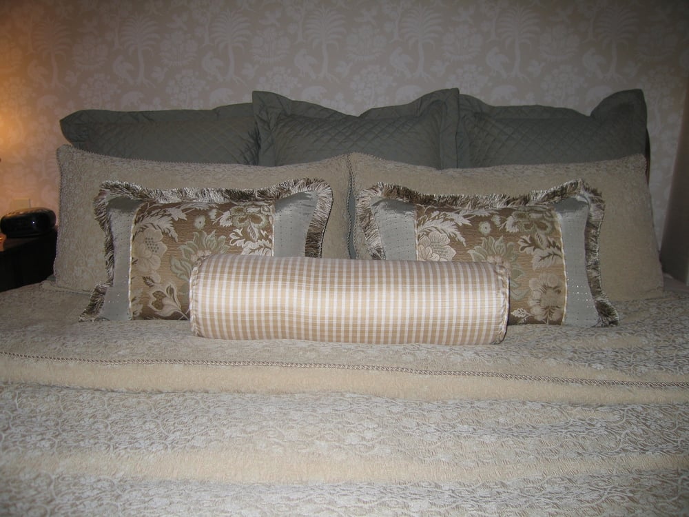 Custom bedding bed cover roll pillow euro shams for Sofa interiors studio city