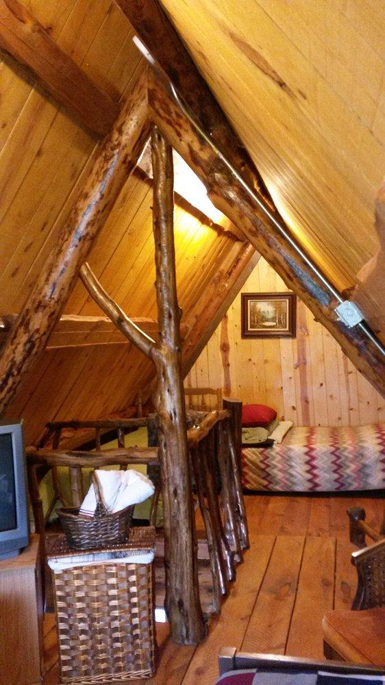 Cabins Of Amidon Campground & Lodging: 207 Court St, Amidon, ND