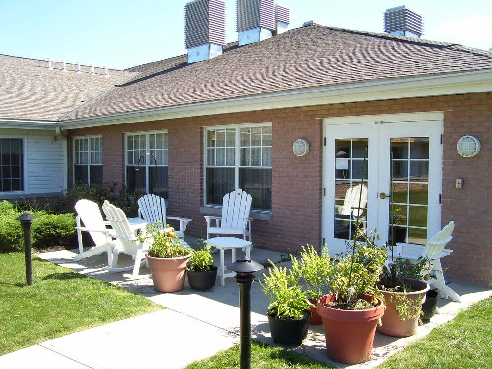 Avon Oaks Caring Community: 37800 French Creek Rd, Avon, OH