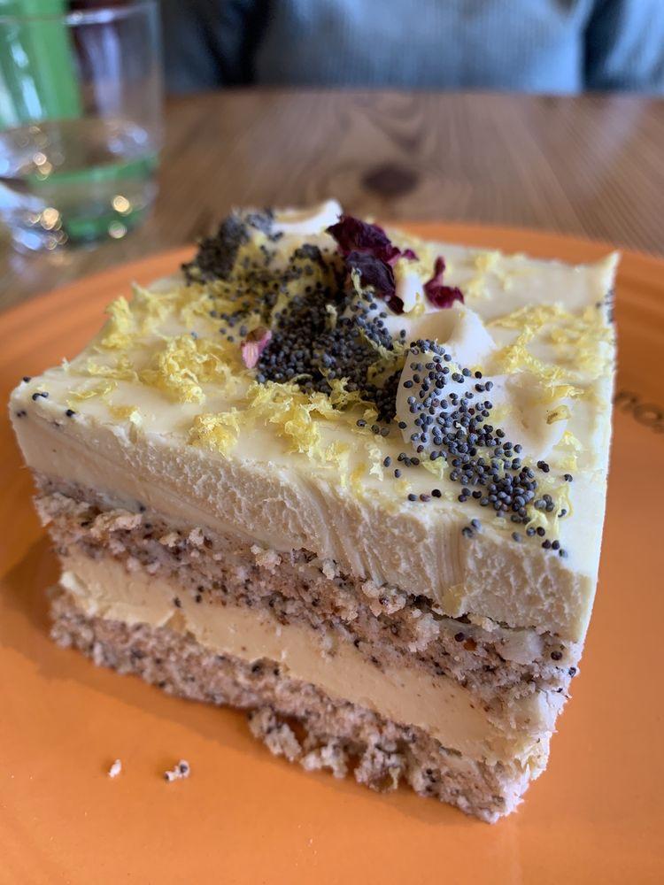 Cafe Gratitude: 333 Southwest Blvd, Kansas City, MO